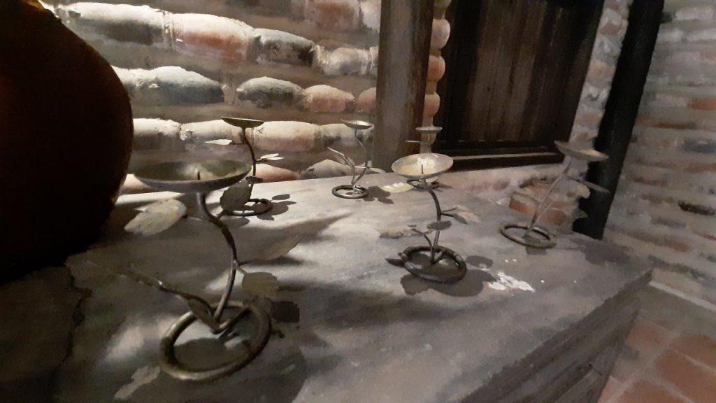 Đồ vật tại nhà hàng nha trang xưa