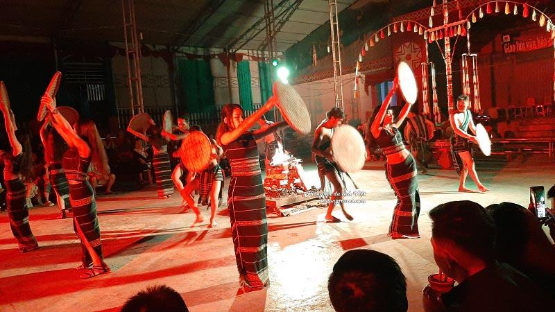 Giao lưu cồng chiêng tại xã Lát Lâm Đồng